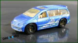 Hot Wheels Autíčko DCC Dodge Caravan
