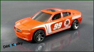 Hot Wheels Autíčko '11 Dodge Charger R/T